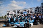 First victory in the IZOD IndyCar. Motorsport 2013.